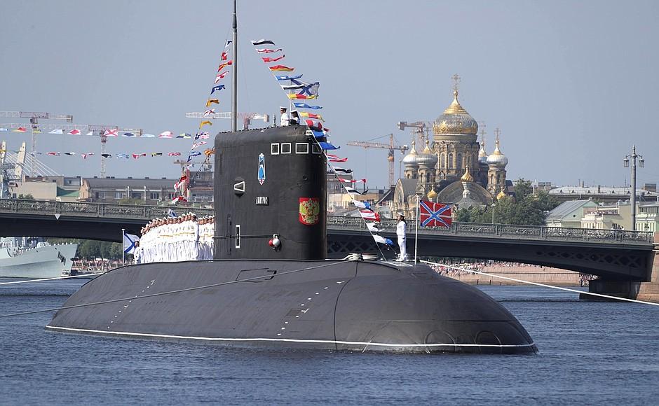 La marine russe entre deux eaux