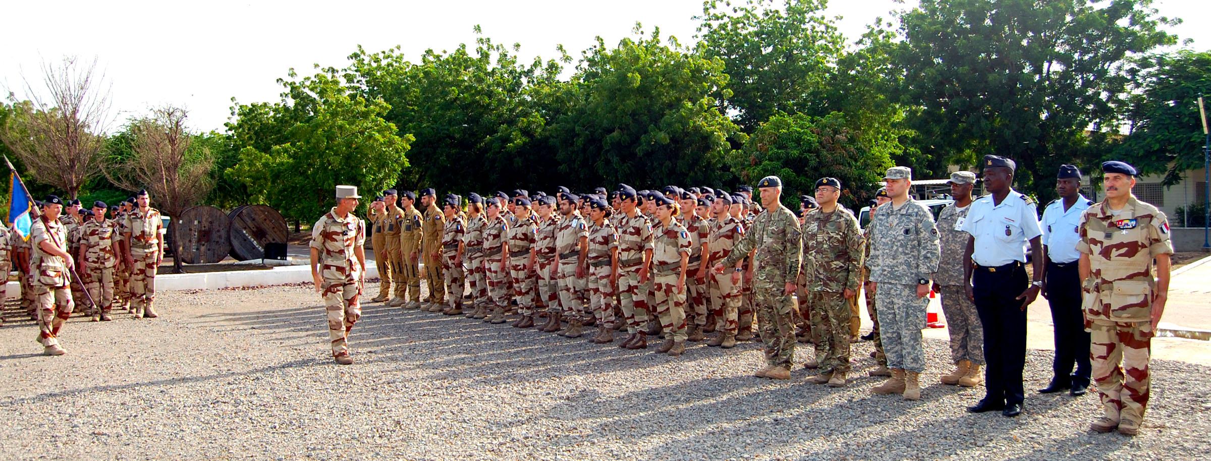 """La """"mission impossible"""" des soldats français au Sahel"""