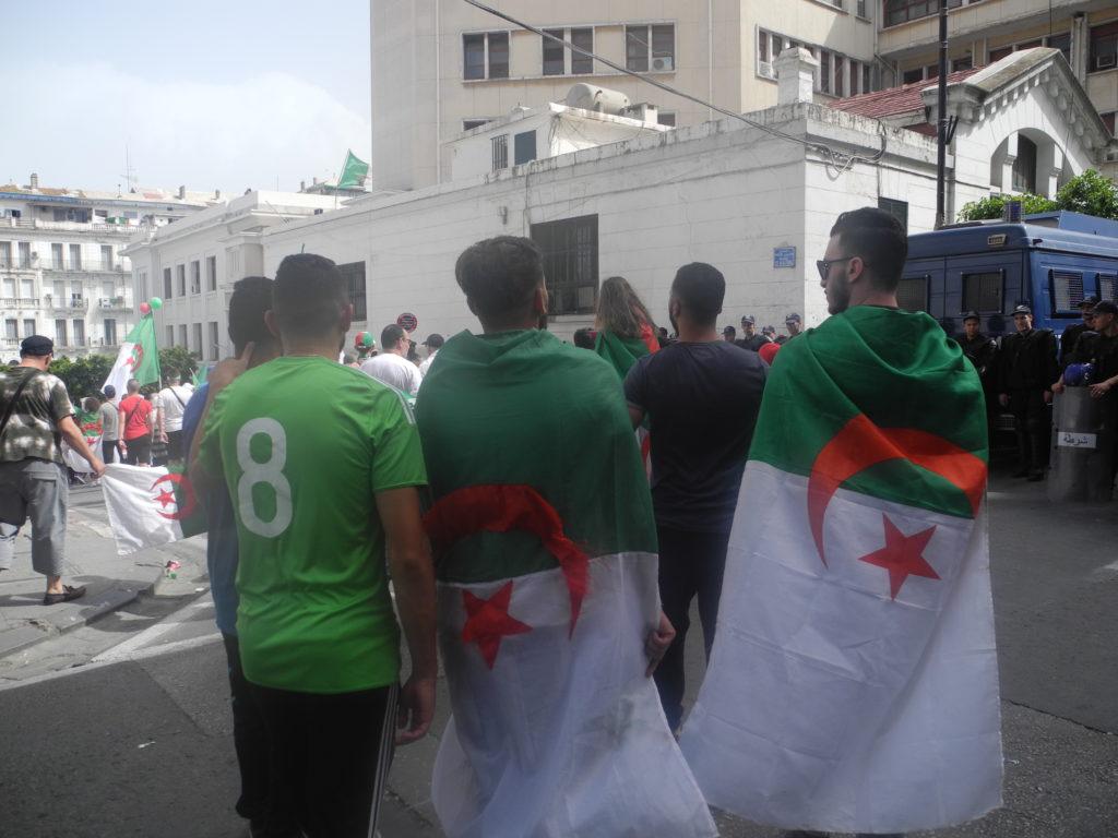 """Compte-rendu de voyage : """"Dix jours dans une Algérie en plein éveil"""""""