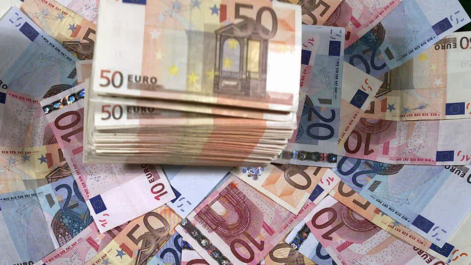 Dette et souveraineté financière